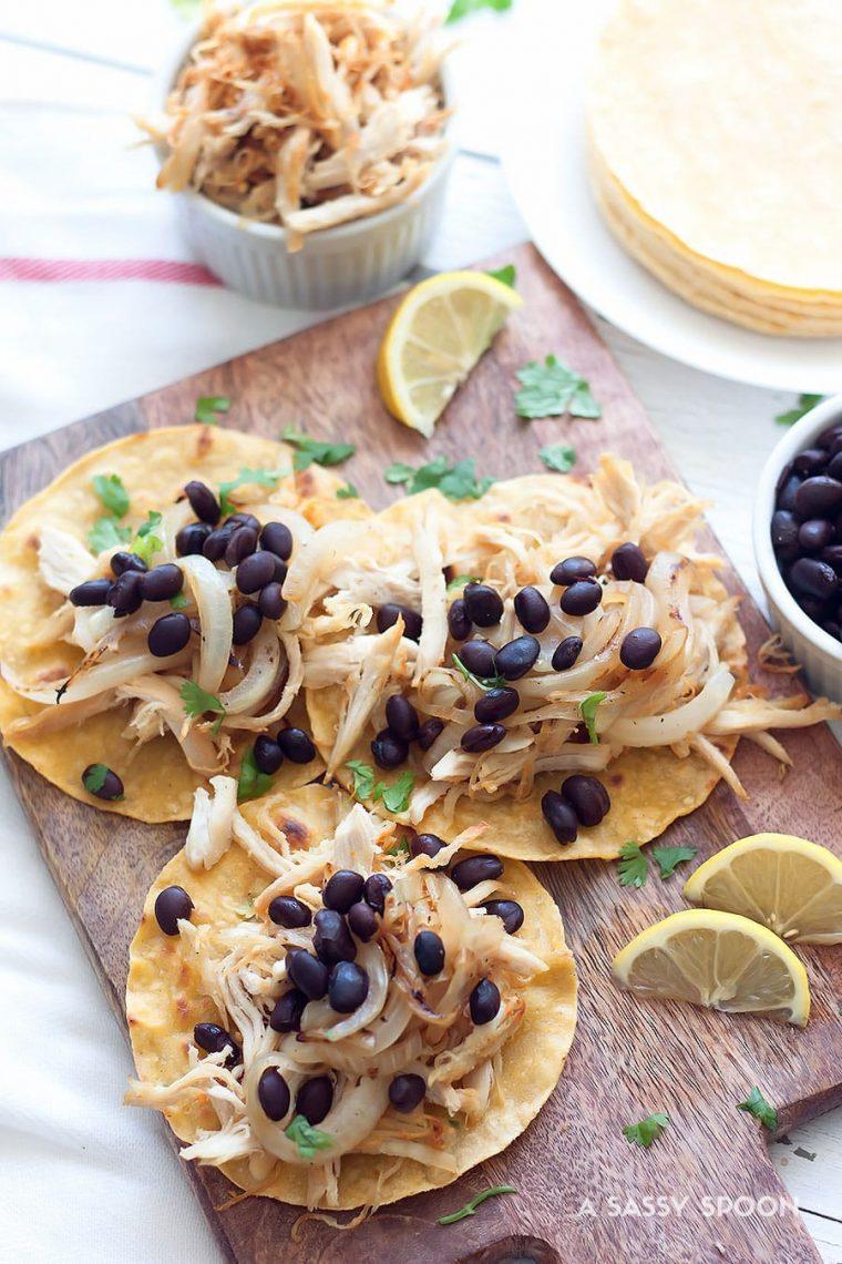 Crispy Chicken Tacos {Vaca Frita Style}
