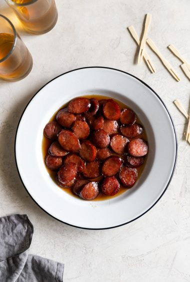 3-ingredient Brown Sugar Glazed Kielbasa Bites